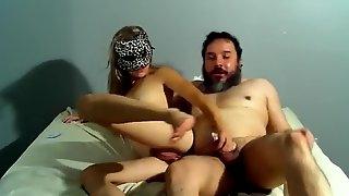 Hot girl in mask fucking sextape