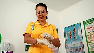 Lecherous nurse Tindra Frost gives a tugjob and blowjob in gloves