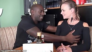 Full-Bosomed 18Yo Tiffany Leiddi Gets Big Black Dick First Time