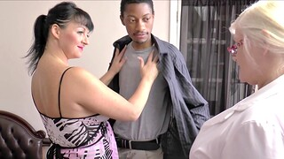 Interracial FFM threesome hither matures Lacey Starr and Devon Breeze