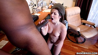 Quickie interracial fucking almost sexy Lola Foxx in a catch office