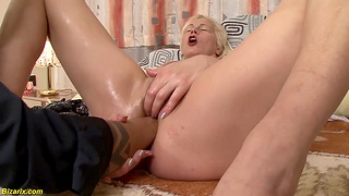 Unshaved granny gets extreme deep coupled with rough interracial double sinistral