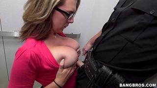 Gaffer hottie Brooke Wylde loves jerking a cock with her boobs