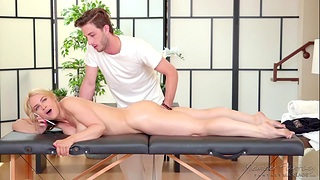 Erotic massage with happy ending be expeditious for hot milf client Sarah Vandella