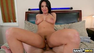 Strong inches for curvy stepmom in anal at home