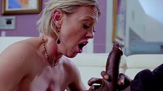 Big-busted mature Dee Williams enjoys riding a unstinted black the greater part