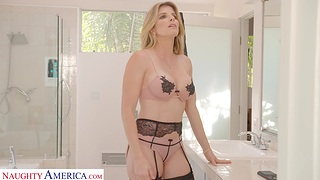 Pretty MILF Cory Hunting enjoys getting fucked in missionary